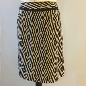 Ann Taylor women's skirt black and cream